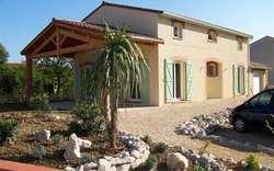 Maisons traditionnelles construction cr a concept for Modele maison kara