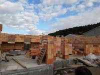 construction montelimar maubec brique collee