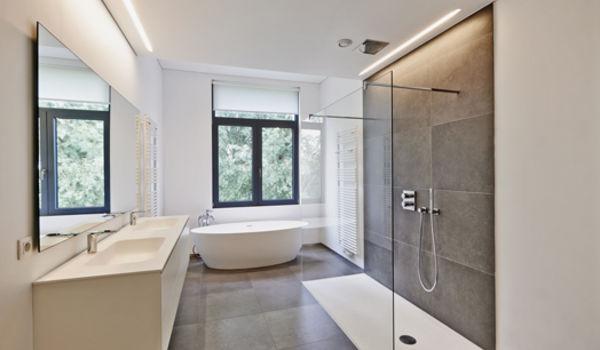 Pourquoi installer une douche italienne dans sa salle de bains ? Les ...