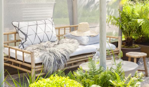 Comment aménager une petite terrasse pour l'été ? | Créa Concept